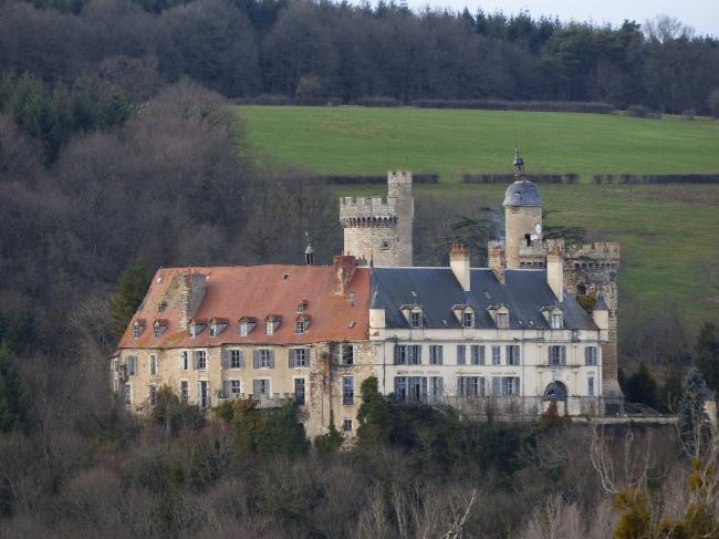 Château de Veauce-Credit-Veauce1-Patrocle-https-commons-wikimedia-org-wiki-UserPatrocle-CC-BY-SA-3-0